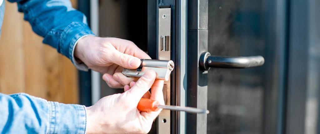 Emergency Locksmith Commercial Locksmith Services